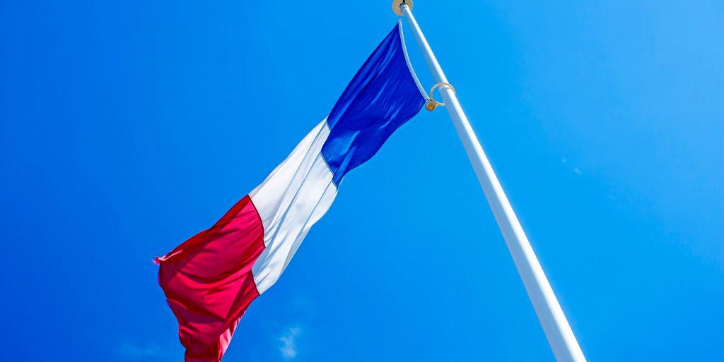 Historisk lønnsøkning for franske helsearbeidere
