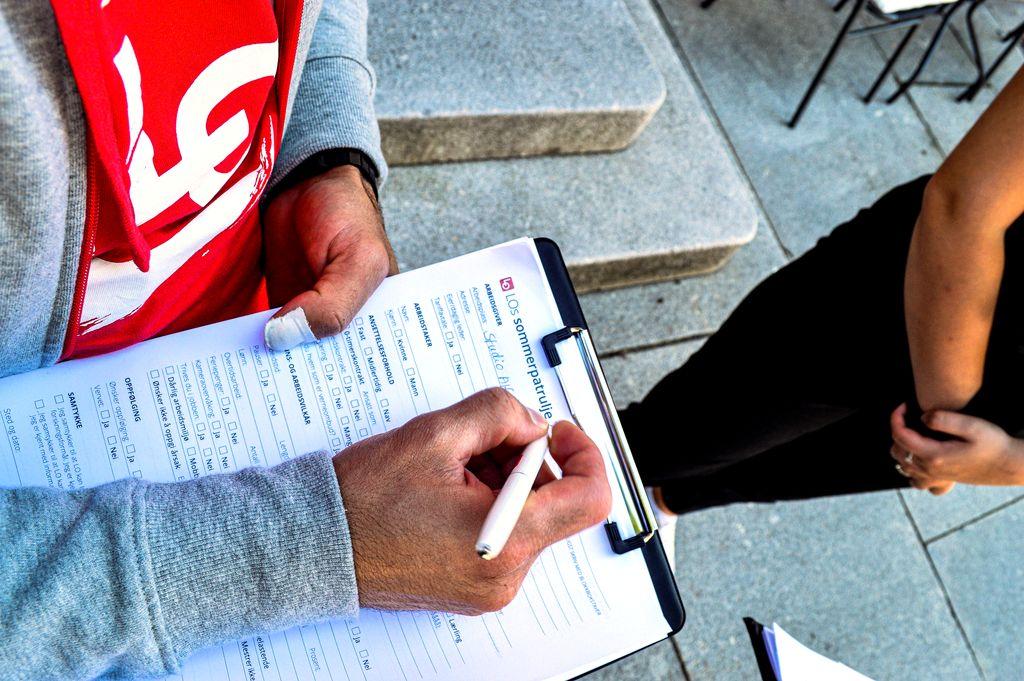 Resultatene fra LOs sommerpatrulje er klare: Fire av ti bedrifter bryter loven