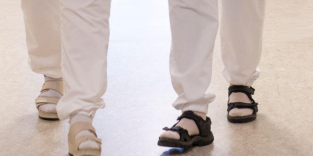 Hvilke sko bør jeg bruke på jobben? Sju spørsmål og svar