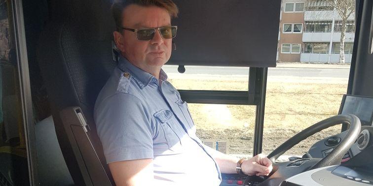 Til tross for krisepakke: Bussjåfører blir permittert etter påske