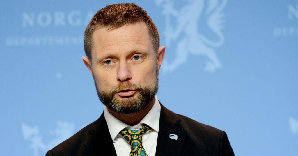 Høie forsvarer budsjettkuttene i Folkehelseinstituttet (FHI)